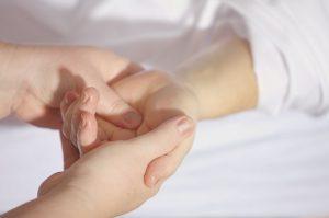 Wie Blutegel in der Therapie eingesetzt werden